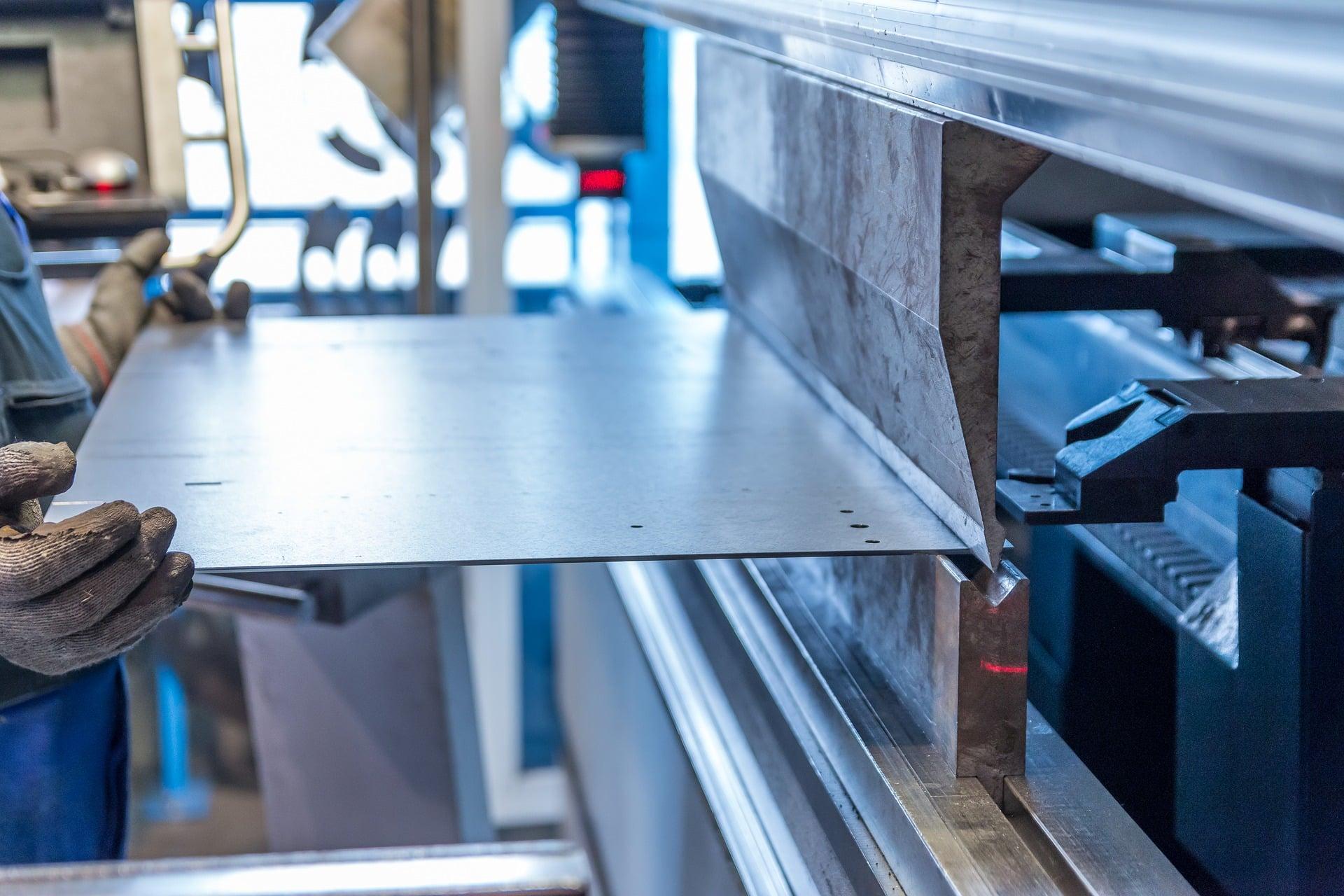 Customization and Fabrication of aluminum panels
